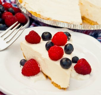 Raspberry Cheesecake Yogurt Pie