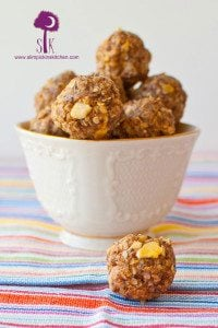 No Bake Coconut Banana Energy Bites