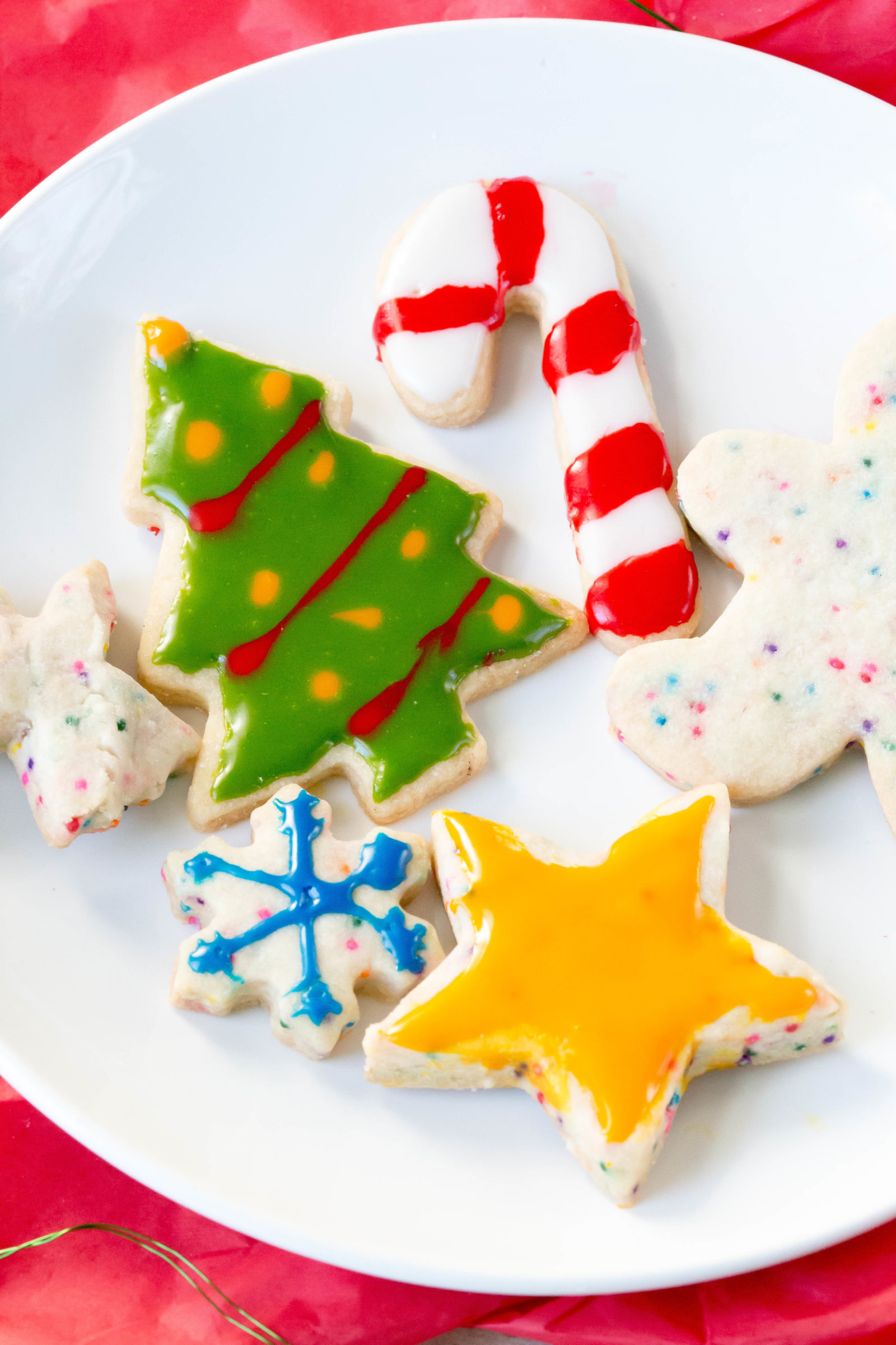 Easy Cut-Out Shortbread Cookies | Easy Christmas Cookies